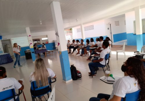 COLABORAÇÃO   Governo promove atendimento pedagógico para gestores…