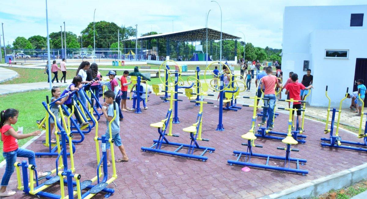 ESPORTE E LAZER   Governo de Roraima inaugura praça poliesportiva na Vila do Trairão