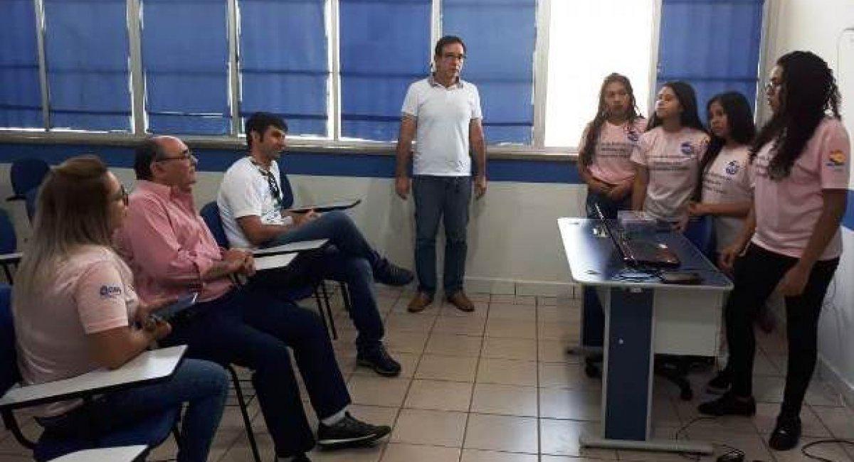 Estudantes apresentam 26 projetos na XXVII Feira de Ciências da Escola Gonçalves Dias