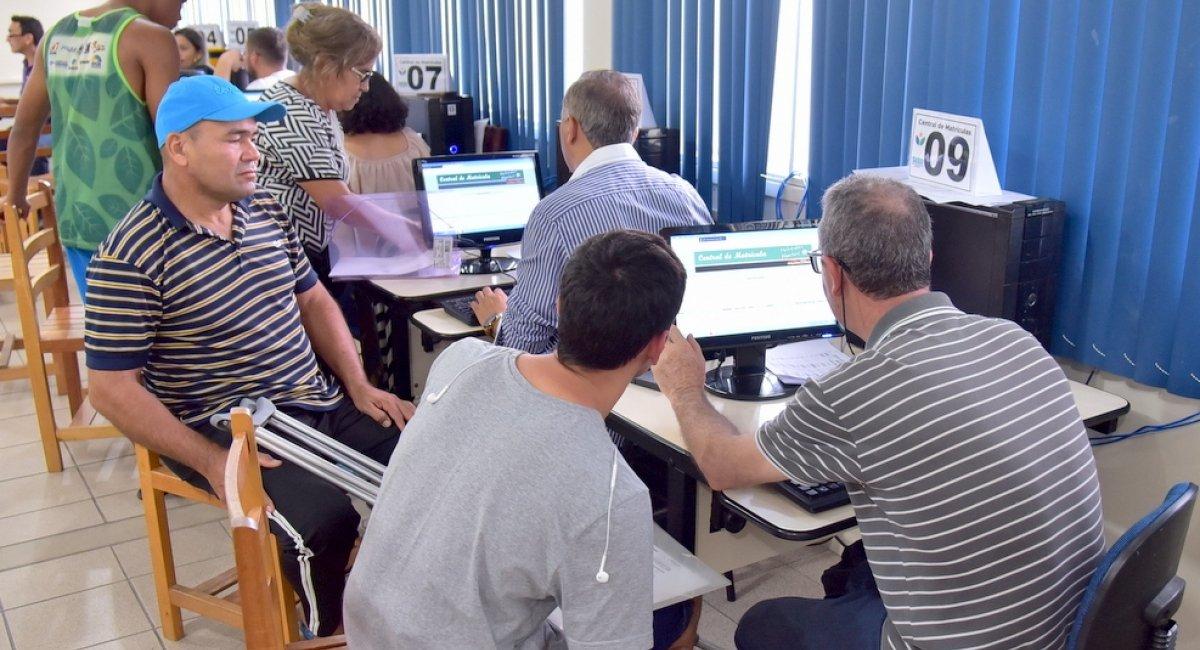 BALANÇO | Central de Matrículas registra mais de 3 mil encaminhamentos às escolas estaduais