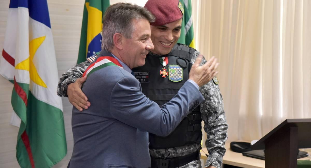 FORTE SÃO JOAQUIM | Governo concede medalha a agente da Força Nacional