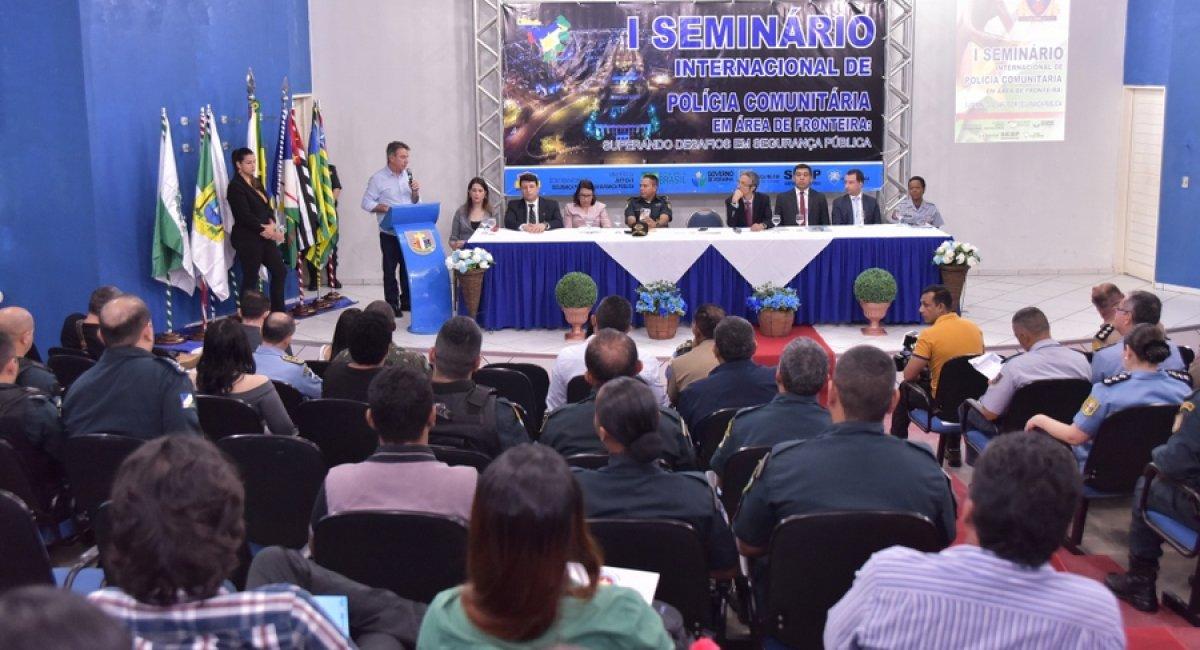 SEMINÁRIO DISCUTE | Ações de Polícia Comunitária em área de fronteira