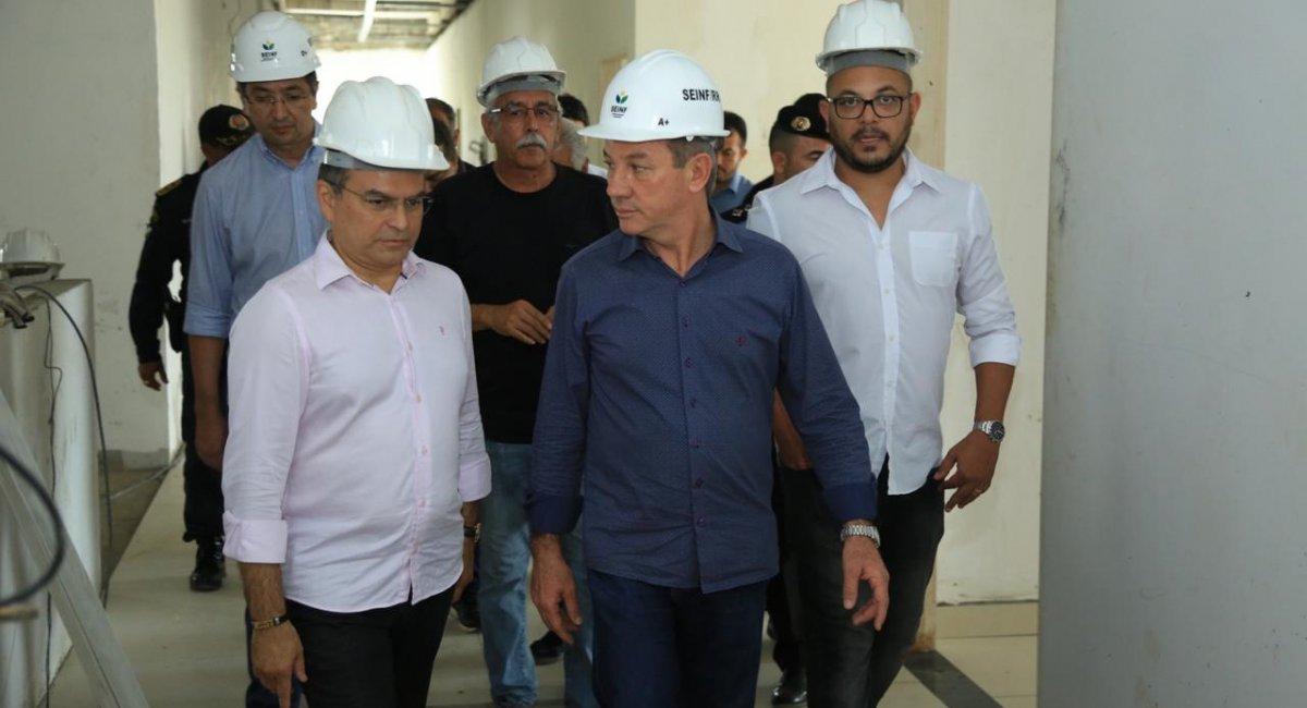 INFRAESTRUTURA | Governador vistoria obras em Rorainópolis e visita local onde será construído o IML