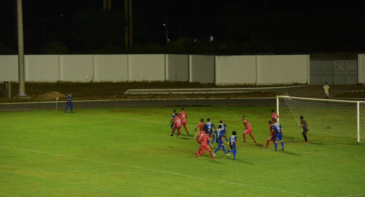 CLÁSSICO ESTADUAL  Baré vence São Raimundo por 1 x 0 nos acréscimos e garante três pontos no Brasileirão Série D