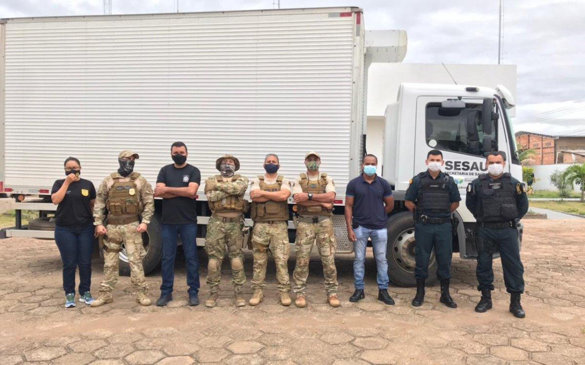 COMBATE À COVID-19   Polícia Civil realiza quarta escolta de vacinas para o interior