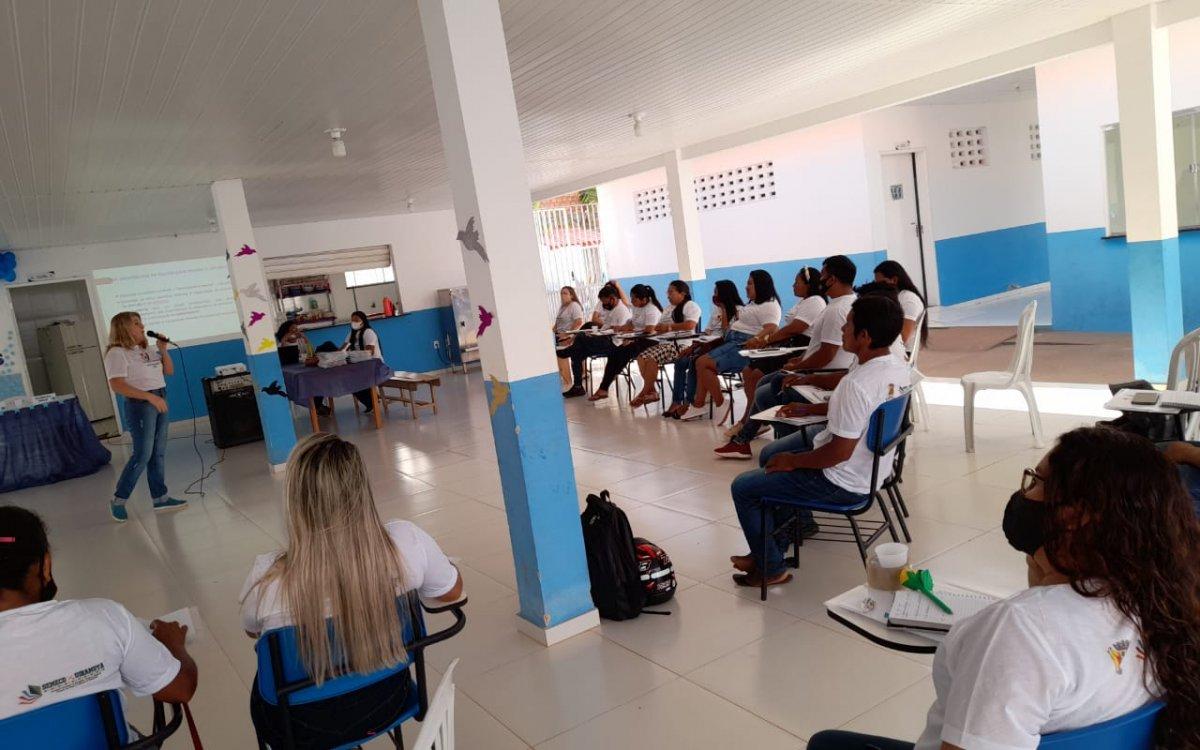 COLABORAÇÃO | Governo promove atendimento pedagógico para gestores escolares de Uiramutã